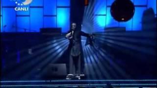Hayko Cepkin Aşk Kitabı-Sandık-Sandığım Hazır(Müthiş bir performans)Disco kralı.FLV
