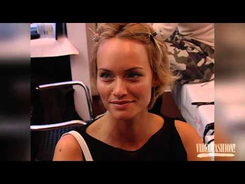 Amber Valletta  Videofashion