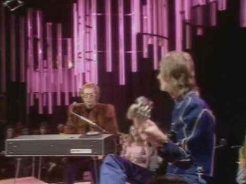 Roy Roger Elton Jonh Tradu O Funnydog Tv