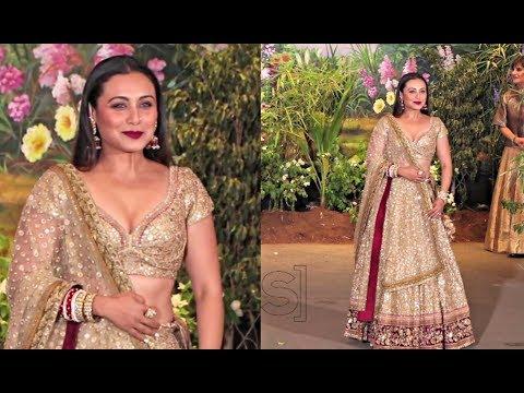 rani-mukerji-in-golden-lehenga-at-sonam-kapoor-wedding-reception