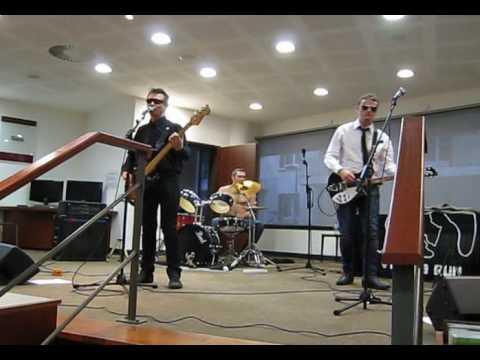 VEINES en LIVE ! Médiathèque Antibes / Silence Radio