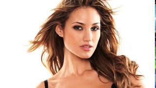 Hot Models in Sexy Bikini Lingerie thumbnail