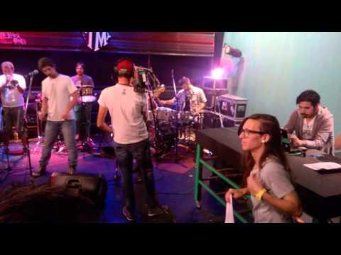 Falsa Cubana en Much Music - Humedal