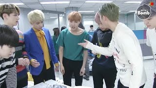 [BANGTAN BOMB] checking out the interview script after camera rehearsal @ Ingigayo - BTS (방탄소년단)