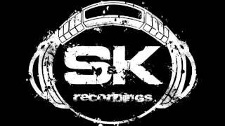 S&KDGL033 Swankie DJ & Kashi - Reverse The Bass (Onex & Trax Remix)