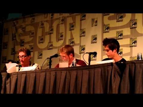 Comic-Con 2012 - Adventure Time panel part 1 - Detective Ice King radio play