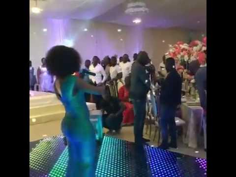 Becca performs Na wash