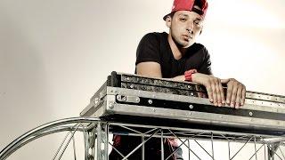 MC Smith canta Apaixonado e faz uma rima exclusiva pra FM O Dia