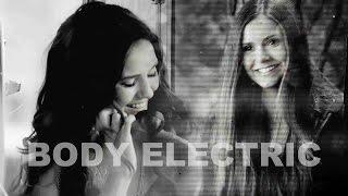 Katherine & Elena | Body Electric