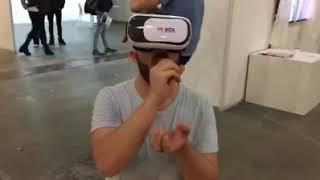 Два парня и очки виртуальной реальности. Ржу не могу. 18+