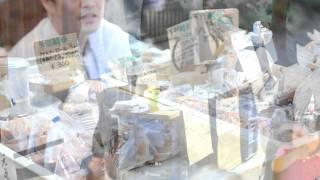 2011年5月15日 鎌倉 長谷の市 光則寺門前の朝市、長谷寺会場の様子です...