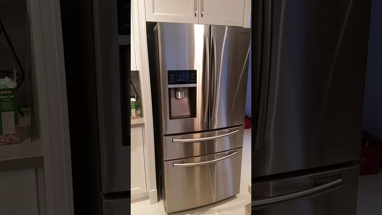 Samsung Ice Maker Fridge. How To Access Ice Bucket