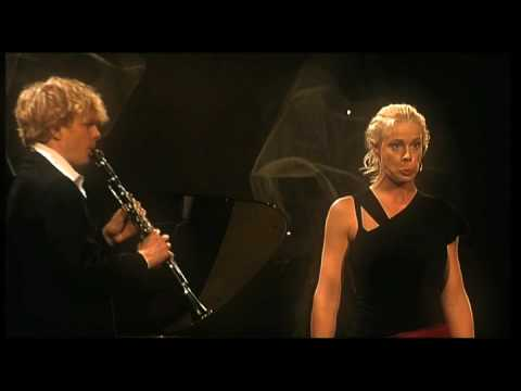 Malena Ernman & Martin Fröst in Flight of the Bumblebee