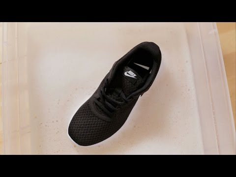 How to Clean the Rubber Soles on Shoes