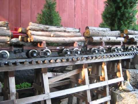G scale backyard railfanning