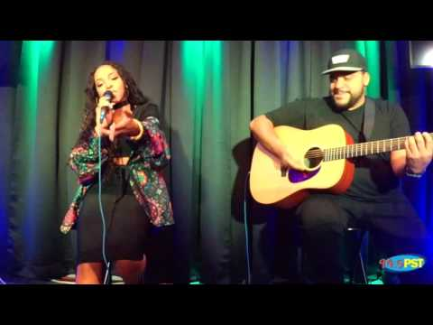 Tinashe Performing Superlove (Acoustic)