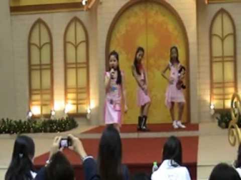 Miss Disney Princess Malaysia 2007 Finals - Sarah Jane Tey & Sasha Jane Te