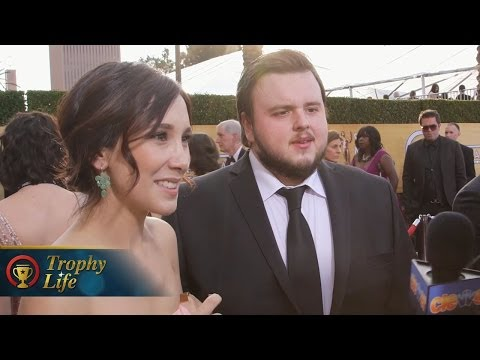 Game Of Thrones Season 4 Interviews! Royal Wedding?! Catelyn Stark Resurrection!