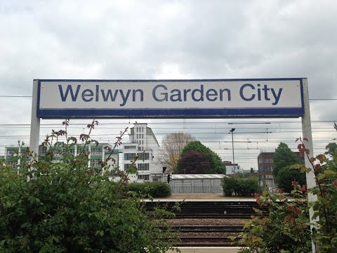 Full Journey on Great Northern (Class 313) from Welwyn Garden City to London Moorgate