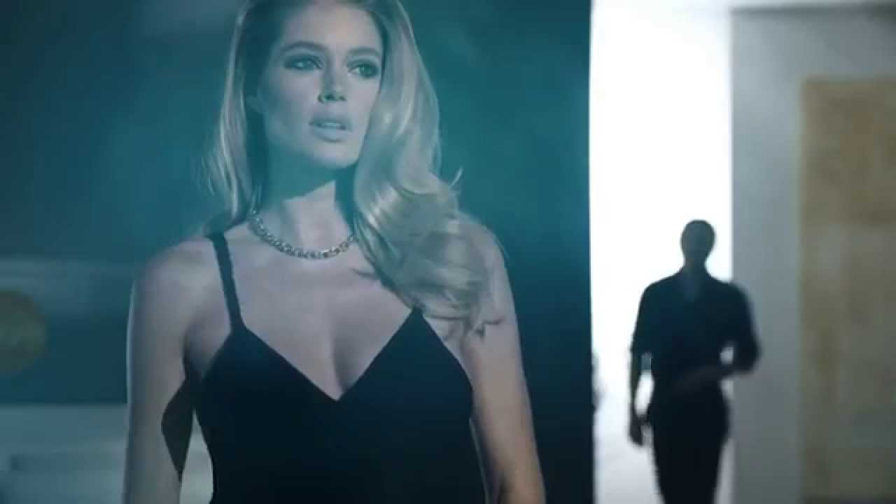 Super REVEAL Calvin Klein parfum Pub TV - YouTube EG12
