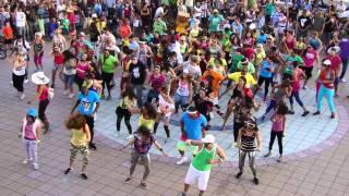 super bowl 2012 commercial oki flash mob lmfao party rock anthem