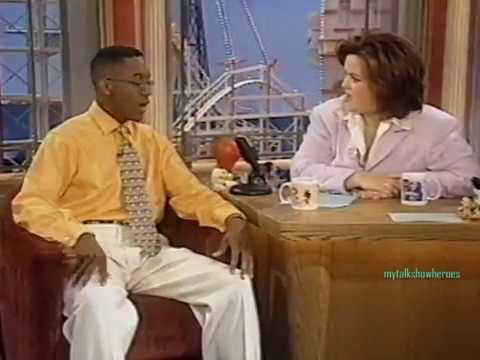 JALEEL WHITE 'URKEL' has FUN with ROSIE