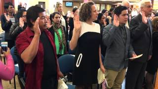 Loutit District Library hosts U.S. citizenship ceremony