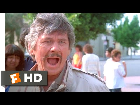 Death Wish II (1982) - Where's My Wallet? Scene (1/12) | Movieclips