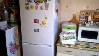 видео Гудит и дребезжит холодильник - простое решение