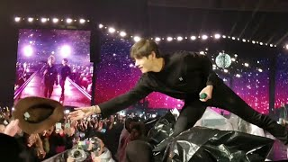Gambar cover 190512 Mikrokosmos 소우주 @ BTS 방탄소년단 Speak Yourself Tour in Soldier Field Chicago Concert Fancam