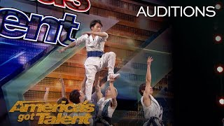 Blue Tokyo: Dancing Acrobats Wow Judges With Innovative Performance - America