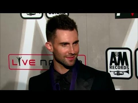 Adam Levine Says Behati Prinsloo Made Him Want To Get Married - Splash News   Splash News TV
