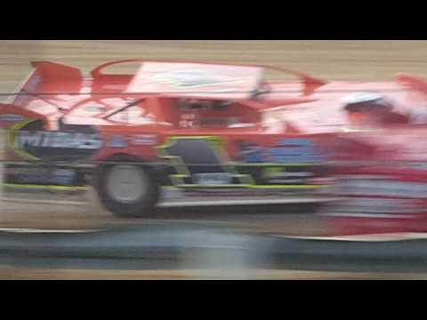 Quincy Raceways late model feature 8-14-16