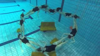 Atelier Pfister springt ins Wasser