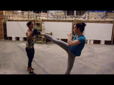 Download Youtube: Star Wars The Force Awakens - Daisy and John's Training (2015)