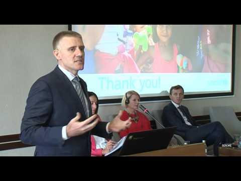 "PricewaterhouseCoopers direktor za JE - Igor Lukšić -  Konferencija ""Engleski i razvoj"""