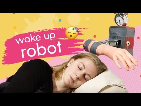 Robot Clock Wake Up Machine | Scrappy Robots with Simone Giertz