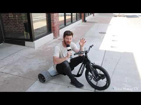 Boulder Dash! Tricycle Races On Boulder Avenue