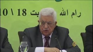 هل تساند القاهرة دحلان ضد عباس؟