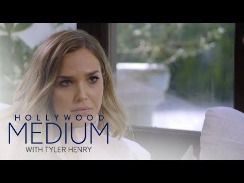 Tyler Henry's Reading Brings Arielle Kebbel to Tears  Hollywood Medium with Tyler Henry  E!