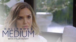 Tyler Henry's Reading Brings Arielle Kebbel to Tears | Hollywood Medium with Tyler Henry | E!