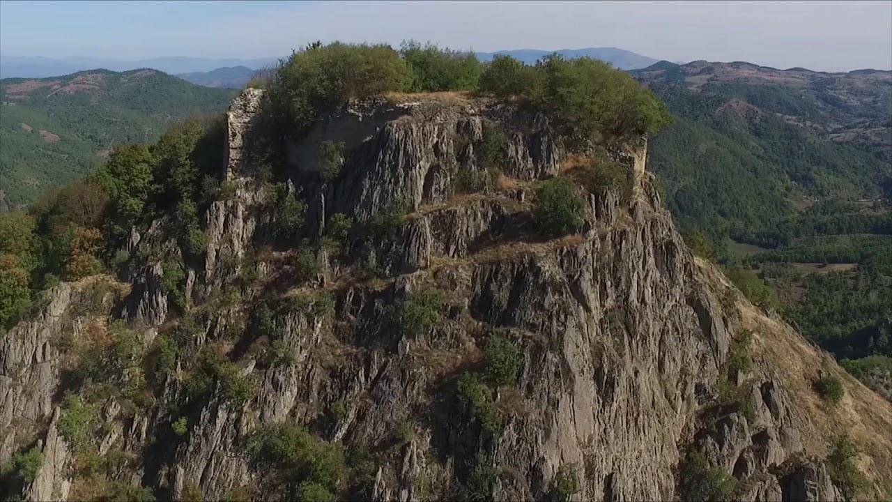 Jeleč - srednjovekovni grad, letnjikovac Nemanjića - YouTube