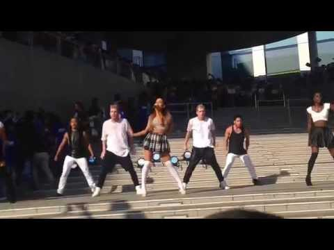 Ariana Grande - Break Free | Live at DiverCity (TOKYO)