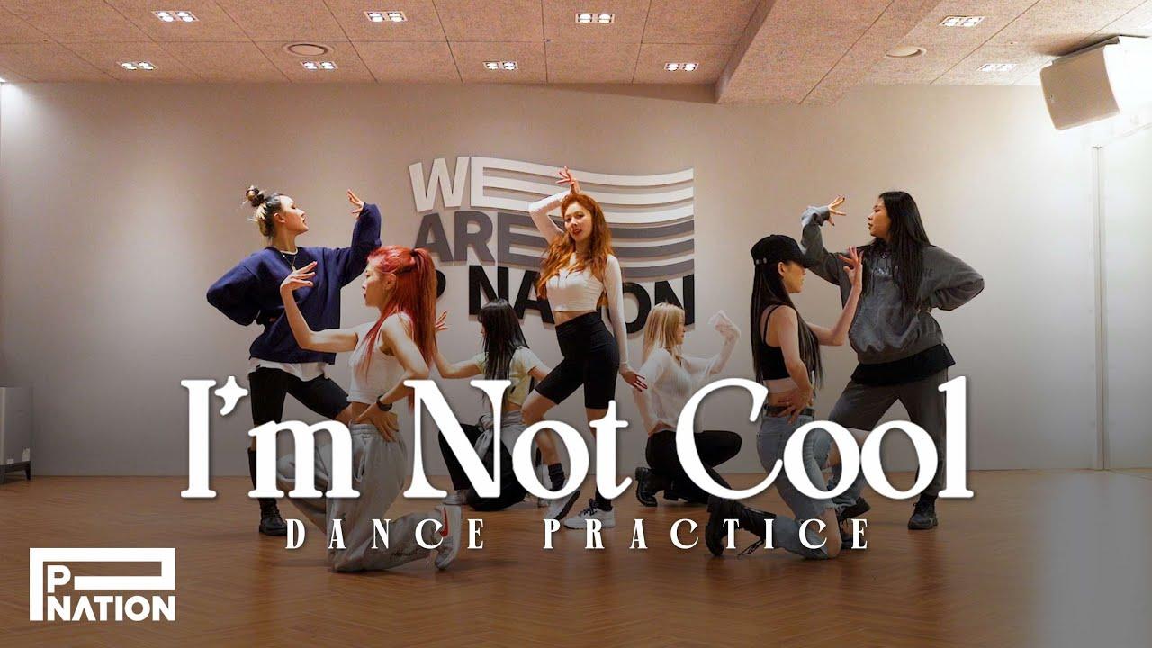 현아 (HyunA) - 'I'm Not Cool' Dance Practice