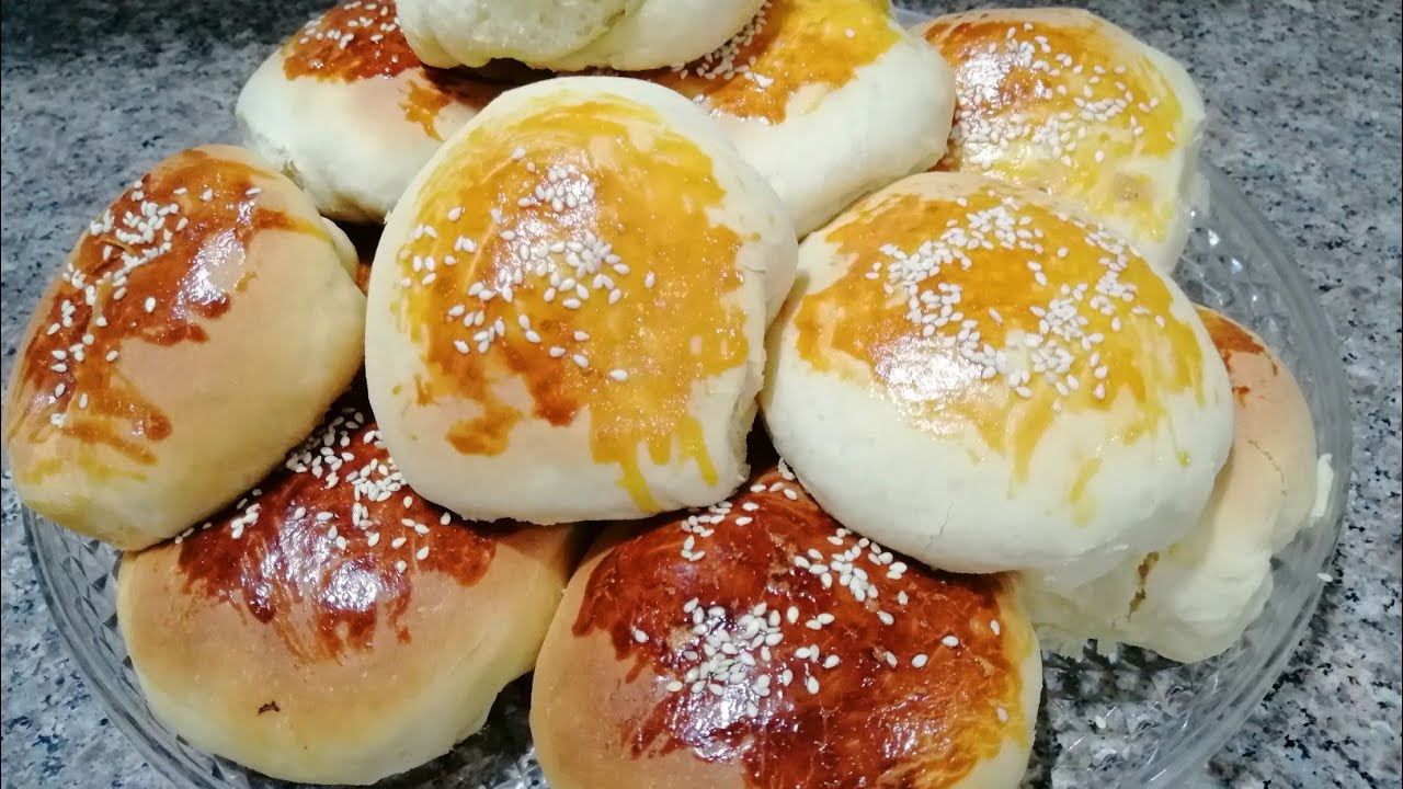 Dinner buns bread like pizza pies taste😋/with the way of forming a distinctive and easy..