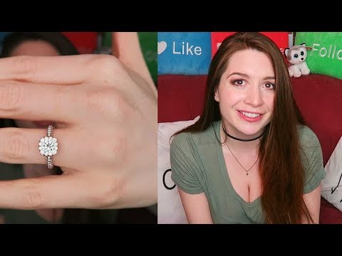 I'm Engaged! Our Story | RedheadRedemption
