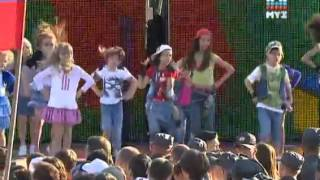 Fidget - We are young children. Непоседы - Мы маленькие дети(Russian popular music videos I invite you to my music video channel: https://www.youtube.com/user/vldlar/videos., 2013-01-01T00:50:18.000Z)