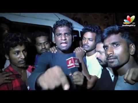 Vijay fans reaction at Kasi Theater...
