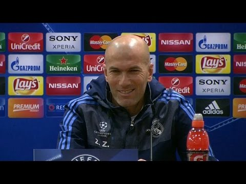 Zinedine Zidane Looks Embarrassed As Ronaldo Walks Out Of Presser - Rio 'Comes From  Desire To Win'