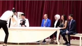 15 августа 2018 г.Mustafa Ceceli arkadashi Ravi İncigozun dugununde nikah sharkisi soyledi